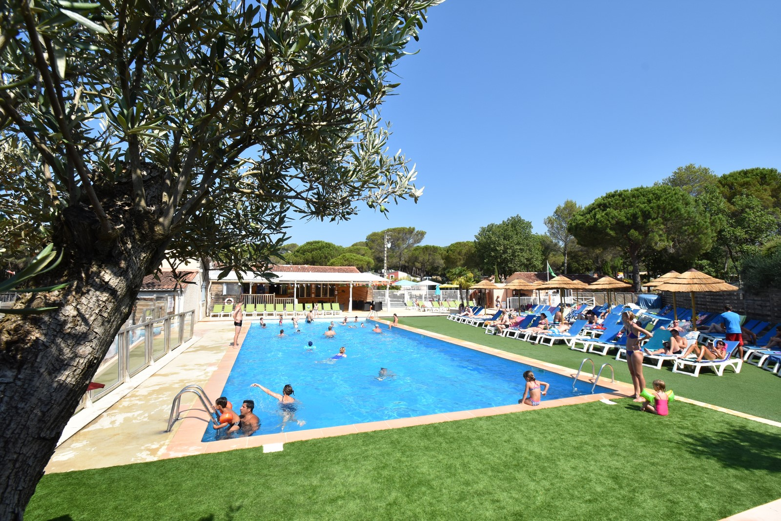 Early booking camping var la bastiane for Camping piscine var