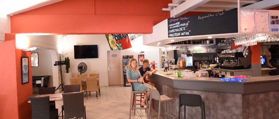 bar restaurant puget sur argens
