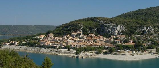 Le village de Bauduen